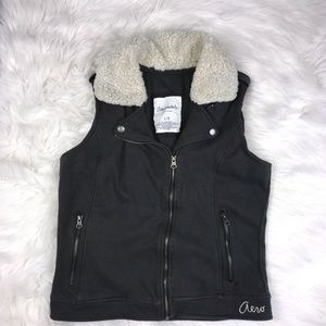 Aeropostale Eighty Seven Gray Sweater Vest Size L